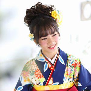 小学生の袴に似合う髪飾り