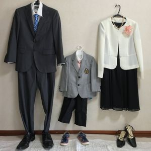 卒業 式 服装 母親 卒業式母親の服装マナーは? ストッキングの色から当日の持ち物リストまで!