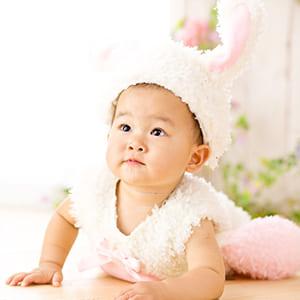 ウサギの衣装で撮影
