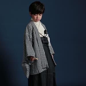 袴を着ている男の子